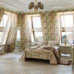 Какими материалами отделать спальню?
