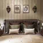 Аксессуары и декор в классической спальне