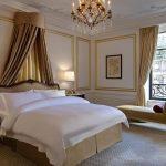 Текстиль для классической спальни