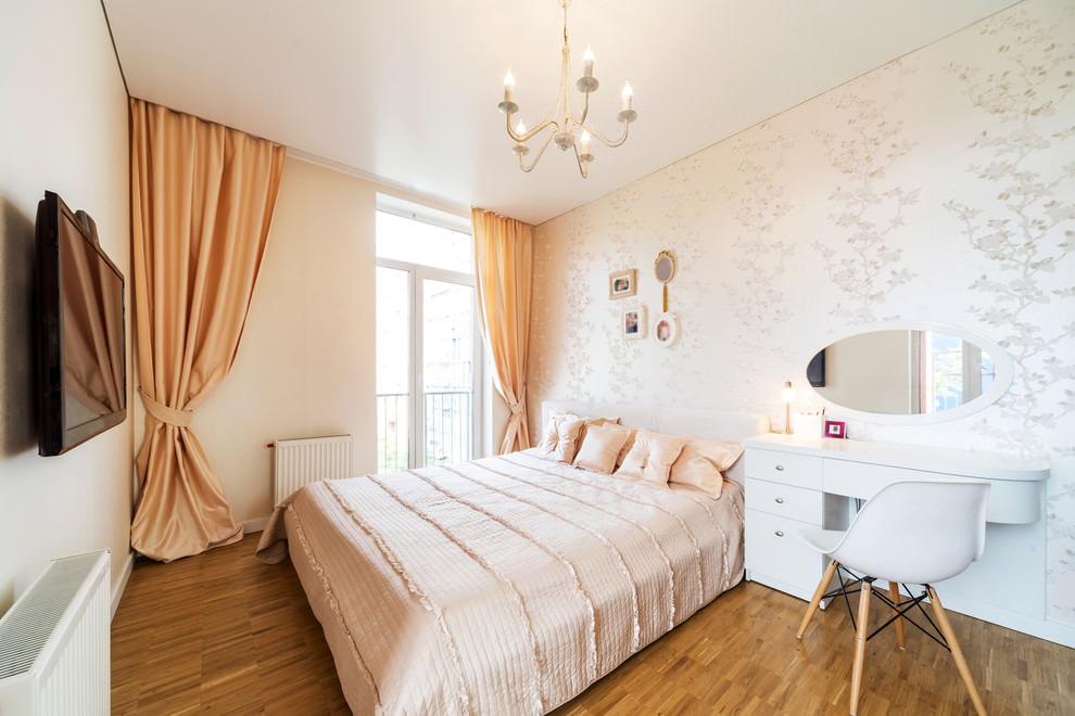 Персиковые цвет штор в спальне